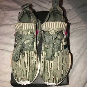 outlet store eb1a5 d7a41 adidas Shoes - Womens Adidas NMD R1 Glitch Camo St Major Shoes